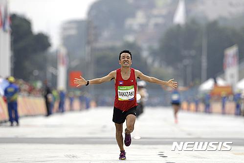 일본 개그맨 다키자키 리우 올림픽 마라톤 완주