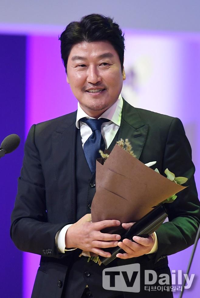 부일영화상 택시운전사 3관왕