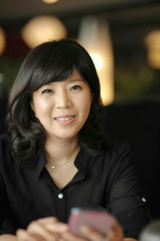 김순옥 작가 프로필 컷