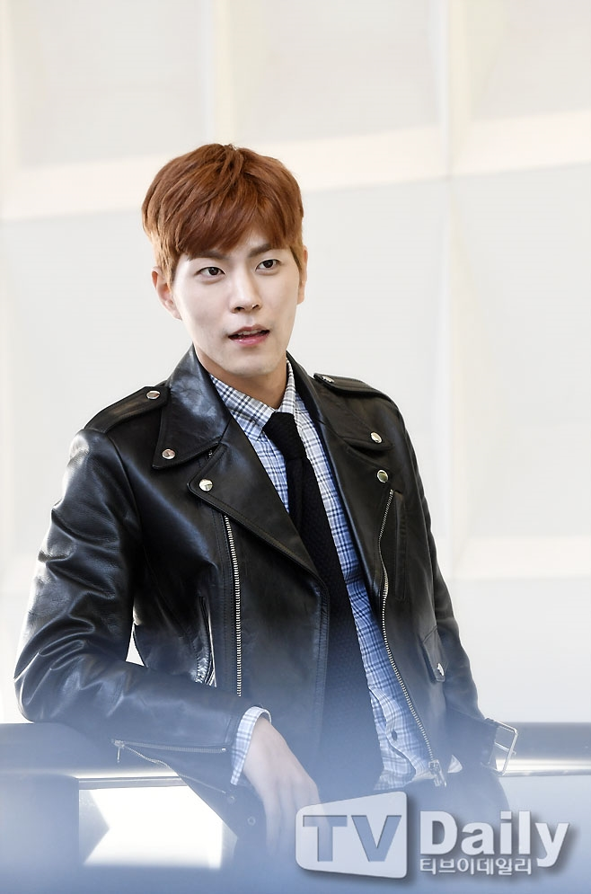 홍종현 비인두암 투병 김우빈