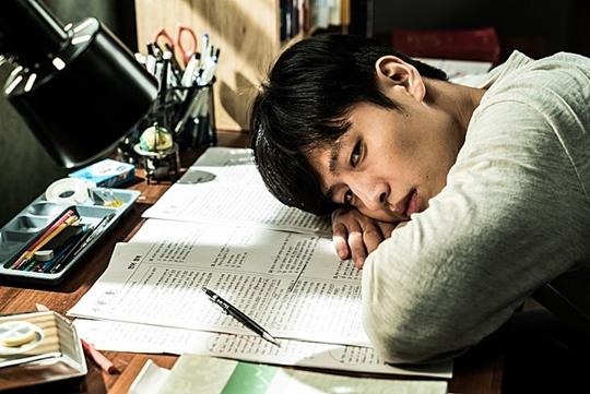 기억의 밤, 강하늘 김무열