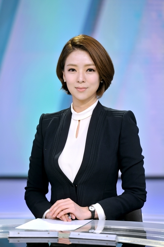 배현진 앵커, MBC 뉴스데스크
