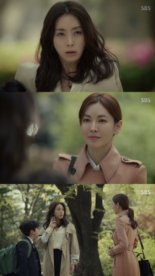 시크릿 마더, 송윤아 김소연