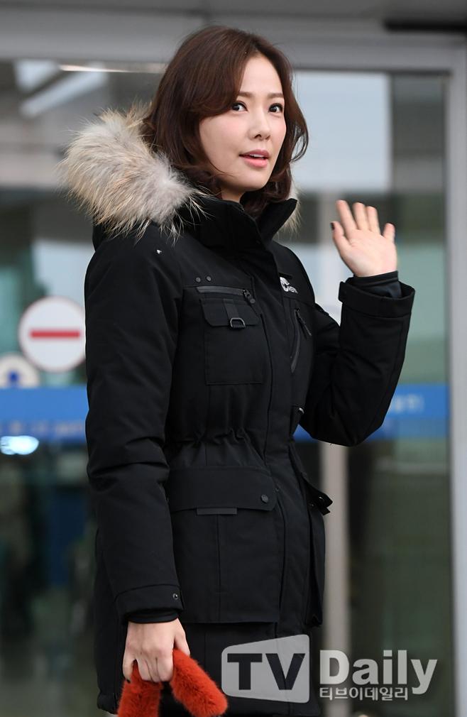 배우 손태영