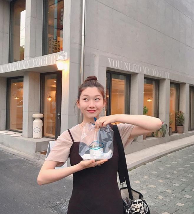 모델 김진경
