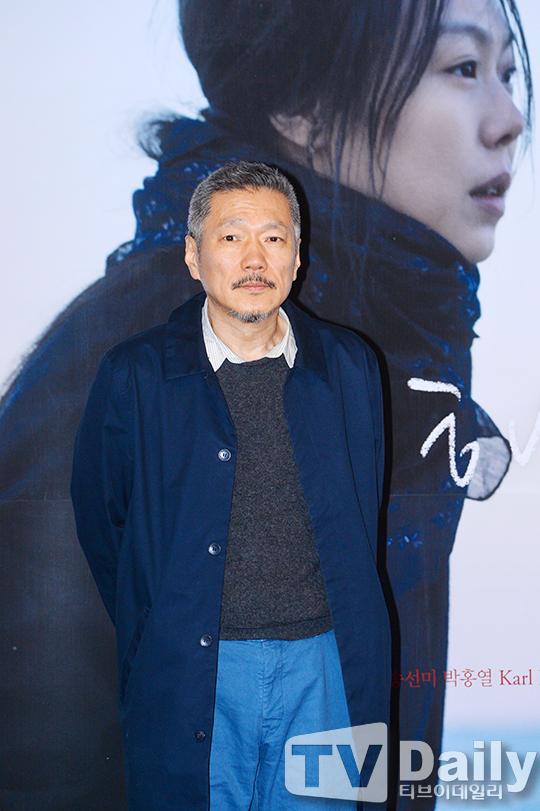 홍상수 감독