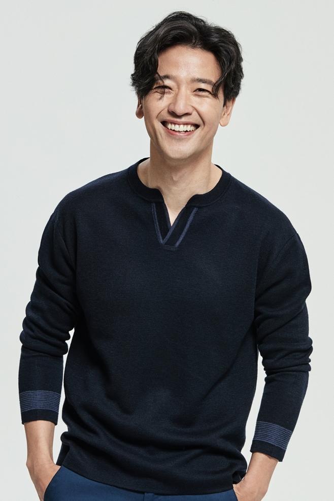 배우 배수빈