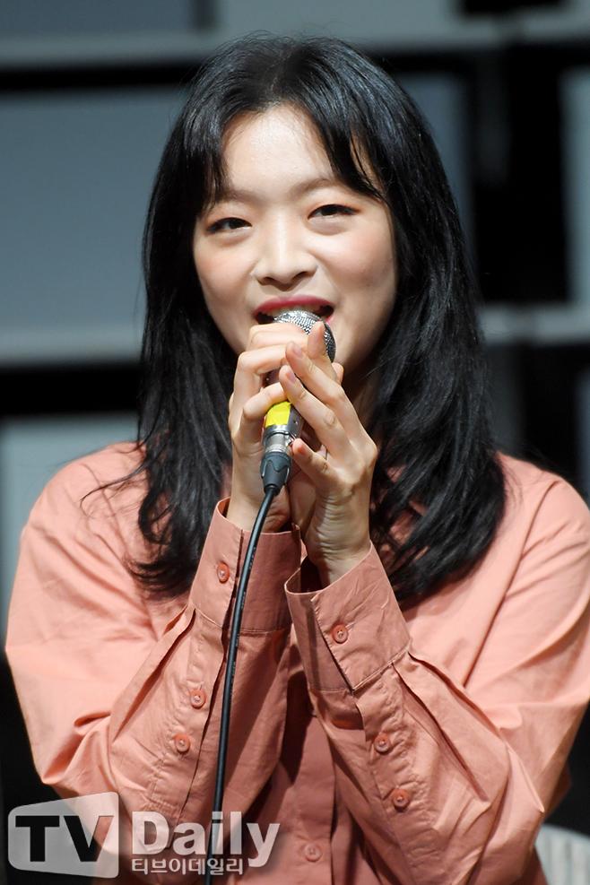 이예은 결혼 나이 남자친구 예비신랑 코로나19 미스 사이공 레미제라블 뮤지컬 드라큘라 배우