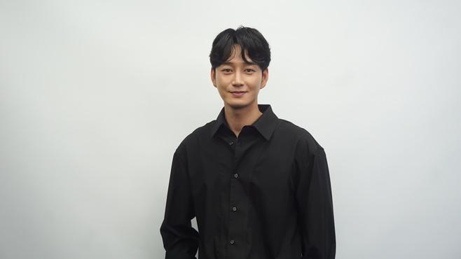 배우 이현욱