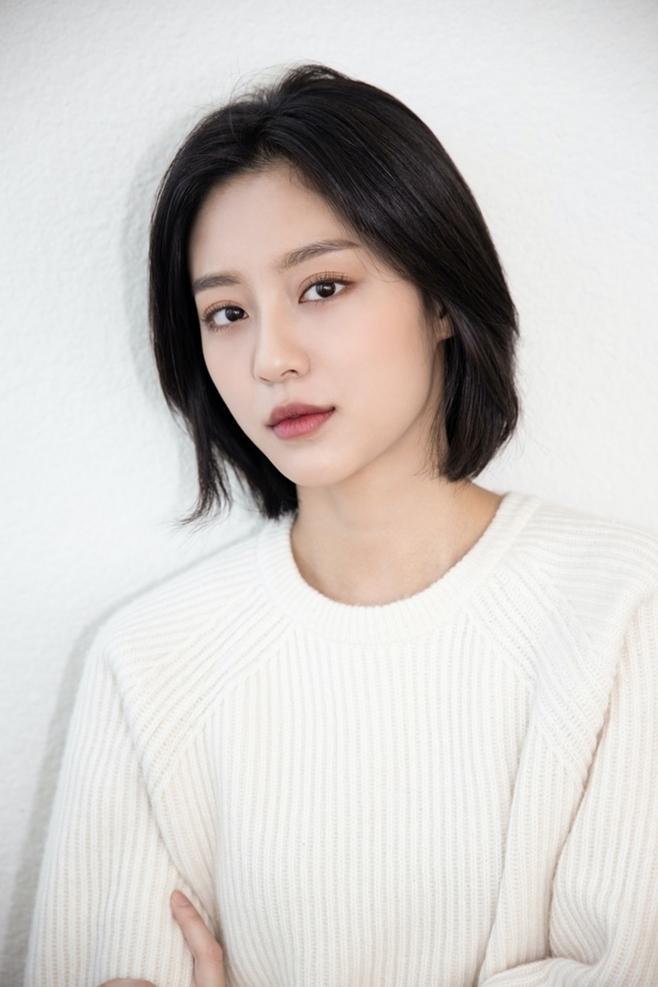 배우 강민아